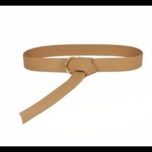 """NWT """"Mia"""" b-low the belt tan belt"""